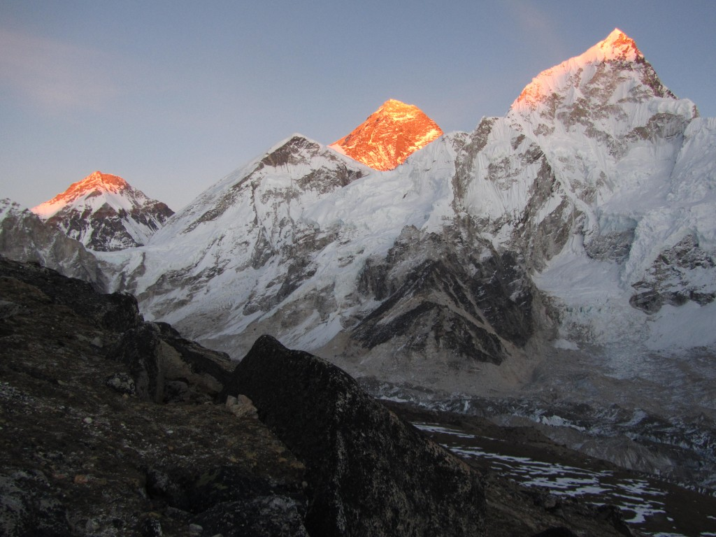 Everest_sunset
