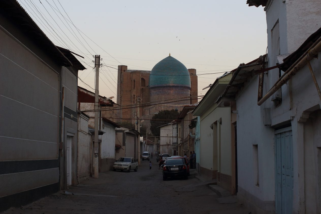 Bibihonim masjidi