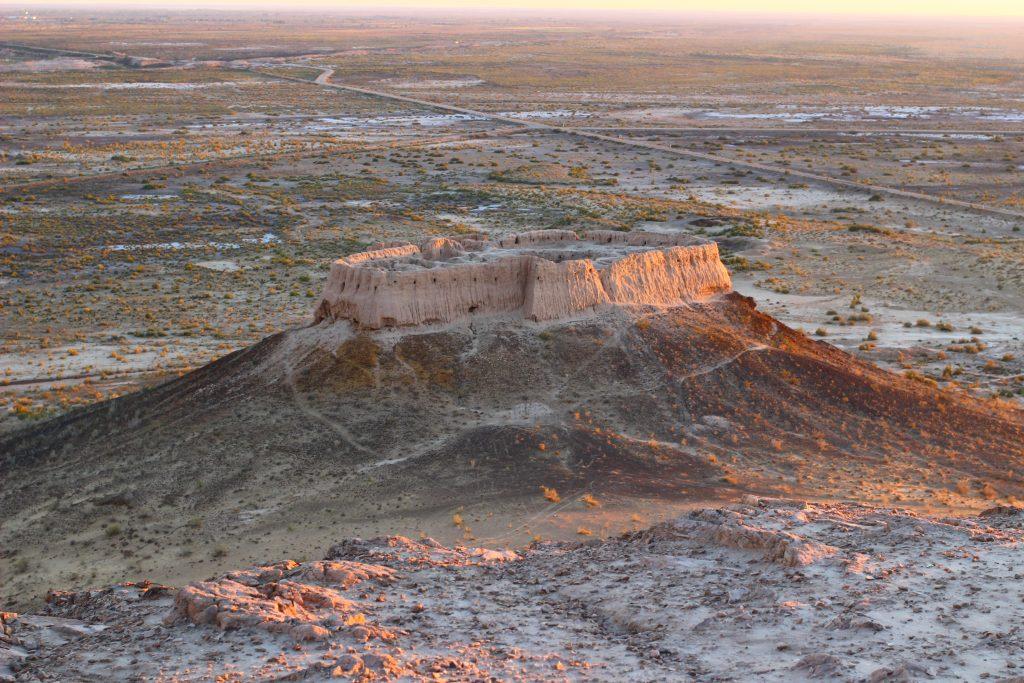 中央アジア:ウズベキスタン観光...